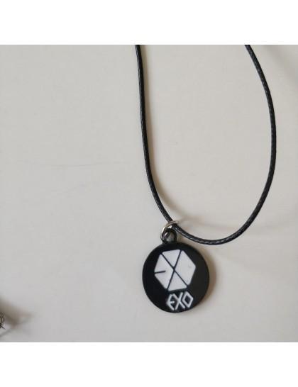 EXO Yuvarlak Metal Kolye